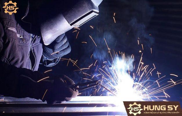 (Hình ảnh minh họa sản phẩm Máy hàn qua Jasic ARES 120)